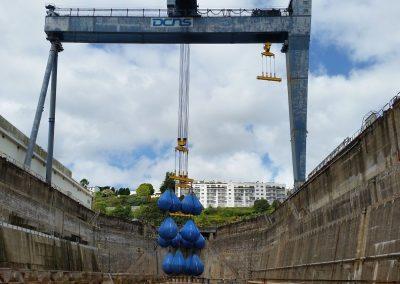 Remise en service d'un portique - Essai en charges à 510 Tonnes - DCNS BREST
